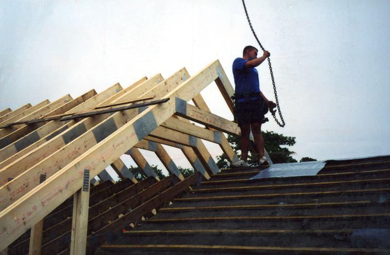 Roof Attic Trusses Amp Garage Roof Bobtail Attic Trusses